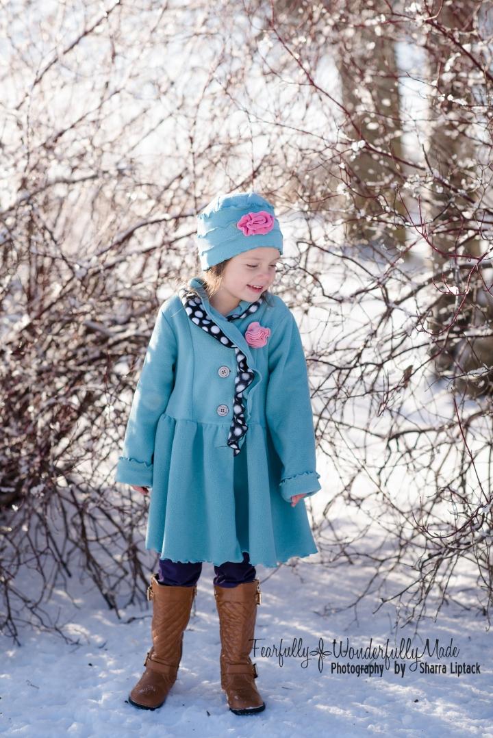 evie-snow-5776